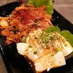 コリアンダイニング ミレ - 豚肉キムチ炒め 豆腐ヤン二ョンがけ