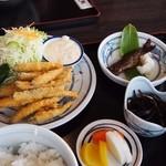 箱根家 - わかさぎ定食
