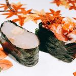 寿司栄 華やぎ - 白えびと香箱ガニ 軍艦