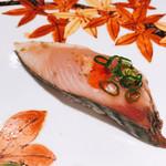 寿司栄 華やぎ - はガツオ