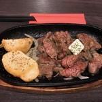 肉バル ミートパラダイス・レガーレ - 自慢‼︎ボリュームリブステーキ スモール