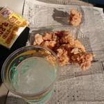 JOY - 料理写真:お酒&から揚げ