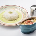 がじゅまるの樹 - 料理写真:炙りゴーダチーズ黒カリー