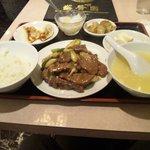 9669426 - 牛肉と長ねぎの炒め物ランチ¥650