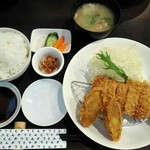 96691532 - 「選べる2種盛定食」ヒレかつ&有機国産男爵コロッケ 1500円+税
