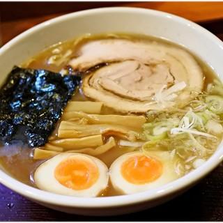 めん和正 - 料理写真:中華麺+味玉 700+50円 地味。ですが確かな旨さ!