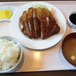 焼肉 遼牙 - とんかつ定食