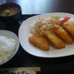 96708780 - 白身魚フライ定食