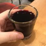 96710131 - ワイン屋 山ちゃんのおすすめグラスワイン、500円(税別)