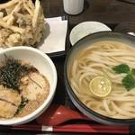 うどんAGATA - AGATAうどん つけ汁いりこ と 限定 マコモタケと舞茸のかき揚げ