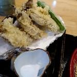 96714321 - 牡蠣の天ぷらアップ