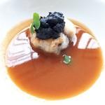 96717204 - 鮟鱇と雉の赤いスープ