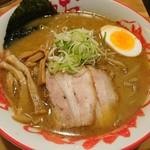 おにやんま - 料理写真:みそラーメン(820円)