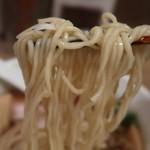 らーめんシゲトミ - 麺リフト