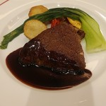 ビストロ オザミ - 山形牛モモ肉のステーキ