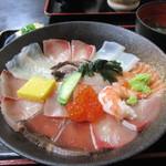 海鮮いづつ - 海鮮丼(アップ)