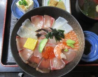 海鮮いづつ - 海鮮丼定食