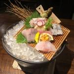 松江の台所 こ根っこや - のどぐろ入り造り三種盛り