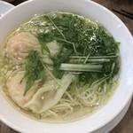 96724416 - ワンタン入りスープ麺