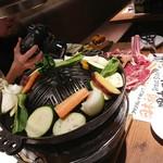 96724778 - 野菜をのっけて