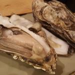 久松 - 殻付き蒸し牡蠣