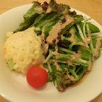 オステリア ジラソーレ - ランチセットのサラダ