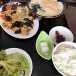 中国菜館味味 - 料理写真: