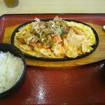 えびす - 料理写真:豚キムチ定食850円(税込)