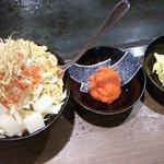 名代お好み焼太閤 - 「扇町もんじゃ」具は明太子とチーズにおもち、ソース風味のベース。和と洋がマッチ。