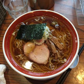 きく屋 - 料理写真:濃口ラーメン 大盛 850円