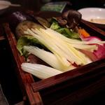 菜々 あぶら屋 - 旬野菜のセイロ蒸し✩