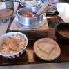 Murakamiyakamameshi - 料理写真:海老釜飯700円