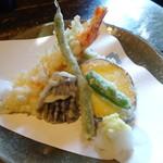 侘助 - 天ざるそばの天ぷら盛り合わせ