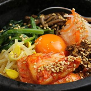 野菜、米、豆腐・・・。京都・滋賀産の良質なものを使用