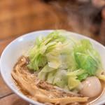 武麗舞 - 料理写真:味玉濃厚(あぢたまなうこう)そば、甘藍(はぼたん、キヤベージ)增(まし)