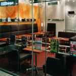 カフェ&ブックス ビブリオテーク - 駅チカで好アクセスなのも絶対の魅力☆