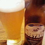 9678601 - ネパールの地ビール「ムスタン」