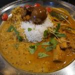 定食堂 金剛石 - インディア鯖カリー、インド米(バスマティ)+煮玉子