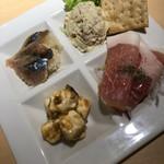エビスバー - 前菜盛合せ 980円