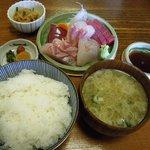 ふく丸 - 刺身定食(1,300円)