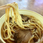 ドライブイン七輿 - チャーシュウメン    麺リフト