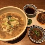 96792993 - 喜界島担々麺100% 肉増し、5辛3麻