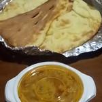 インドレストランシバ - チキンカレーとナン