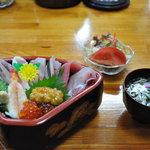 やぐら寿司 - 料理写真:上ちらしセット