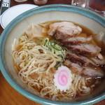 日清亭 - チャーシュー麺
