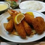 レストラン東郷 - 料理写真:カニクリームコロッケ、エビフライ定食