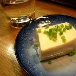 そば処ひろよし - お通しの豆腐