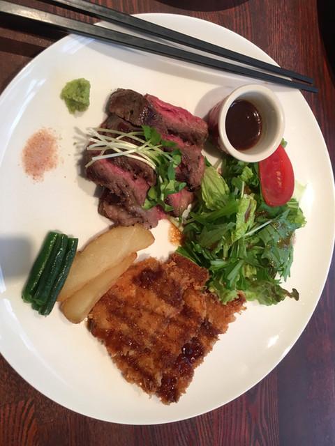 肉料理 &寿司酒場 MANRUI 四谷店 (まんるい) - 四 …