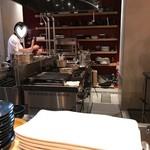 ビストロ 222 - 厨房