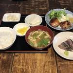 ガラリ青山 - 定食